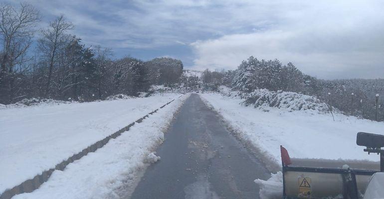 Nebrodi: emergenza neve, in azione gli spazzaneve