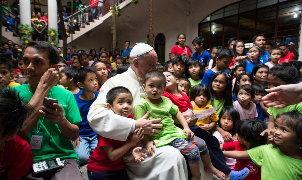 """Papa Francesco: """"Non esiste un cristianesimo a distanza"""""""