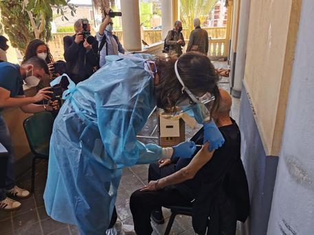 Vaccini: dosi anche nella Missione Speranza e Carità di Biagio Conte