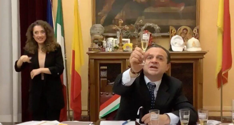 """Sindaco di Messina De Luca: """"A febbraio mi dimetto e mi candido a governatore"""""""