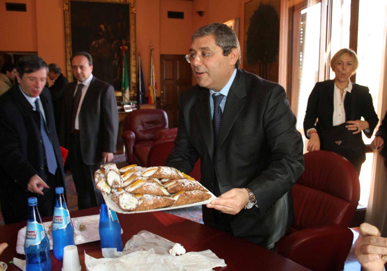 Voto di scambio: assolti Cuffaro e Cordaro