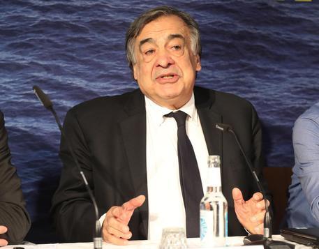 Palermo: al sindaco Leoluca Orlando la massima onorificenza tedesca