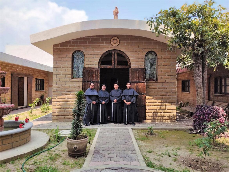Frati Minori Conventuali, quattro novizi in Messico